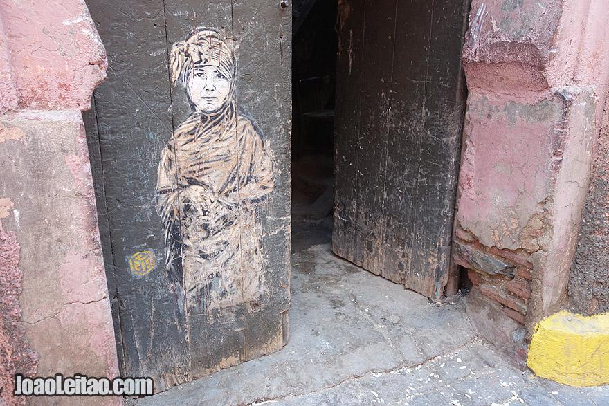 Door Painting in Marrakesh old city