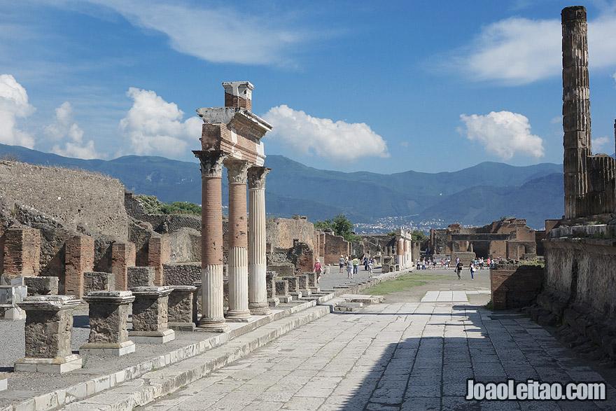 Templo de Júpiter na antiga cidade Romana de Pompeia