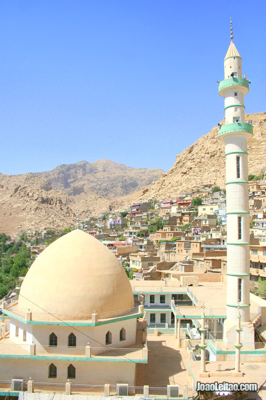 View of Aqrah main mosque, Hitchhiking in Iraq
