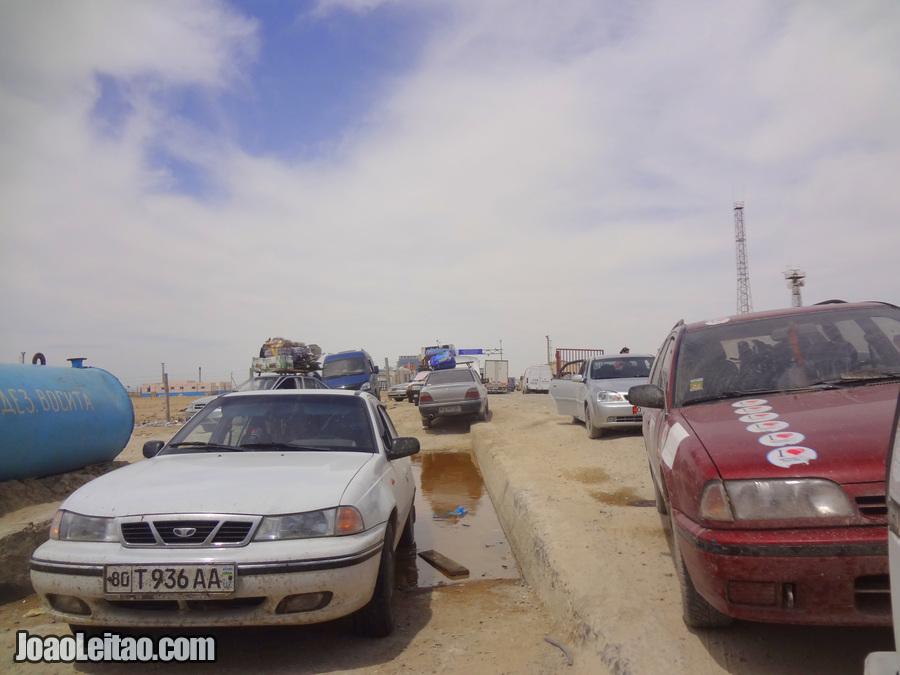 Kazakhstan Uzbekistan border crossing