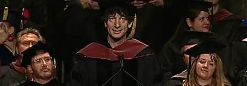 Read more about the article Neil Gaiman: o melhor discurso de graduação de sempre?