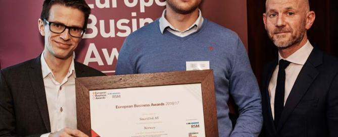 Steffen Nerdal SmartDok mottar European Business Award