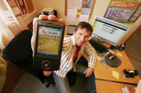 Hagberg med den første versjon av SmartDok tilbake i 2007