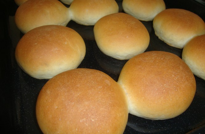 MY SIMPLE BREAD ROLL RECIPE