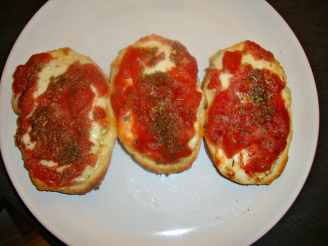 OPEN FACED TOMATO & MOZZARELLA SANDWICHES