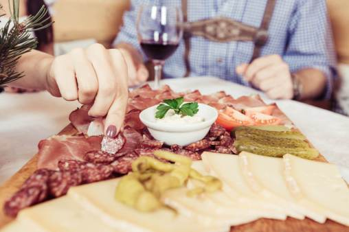 Kulinarium im Hotel Jochgrimm - Das Berghotel & Restaurant in den Dolomiten