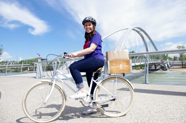 A hipster bike and picnic at Hotel Arts