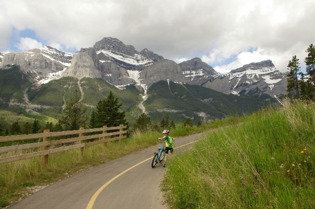 banff national park bike trail