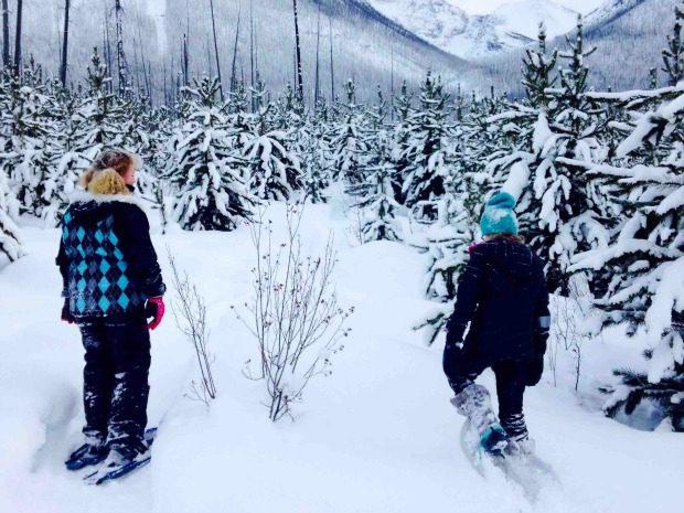 girls snowshoeing