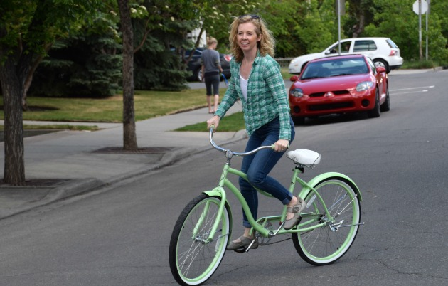 How To Snag An Affordable Cute City Bike And Sport Chek Giveaway Jody Robbins Travels With Baggage