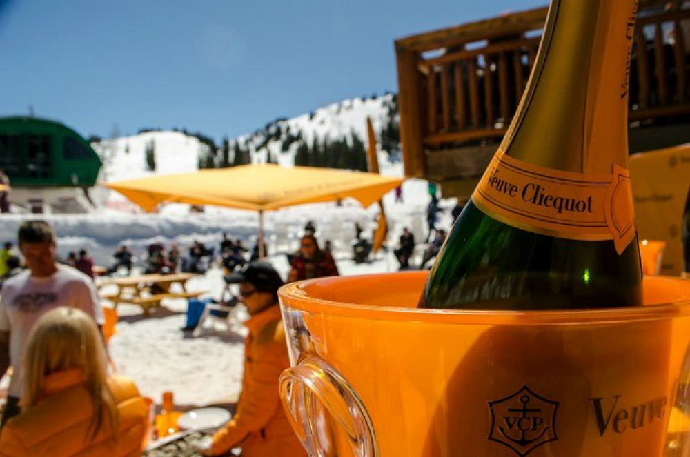 champagne ice bar at ski hill