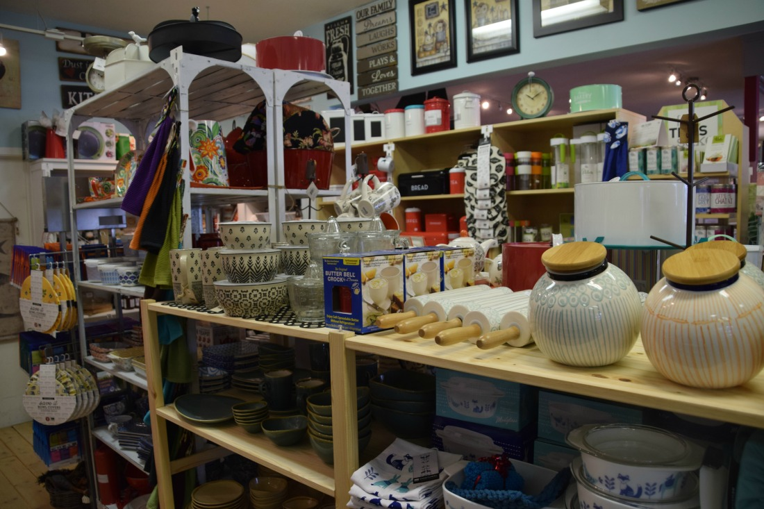 kitchenware store