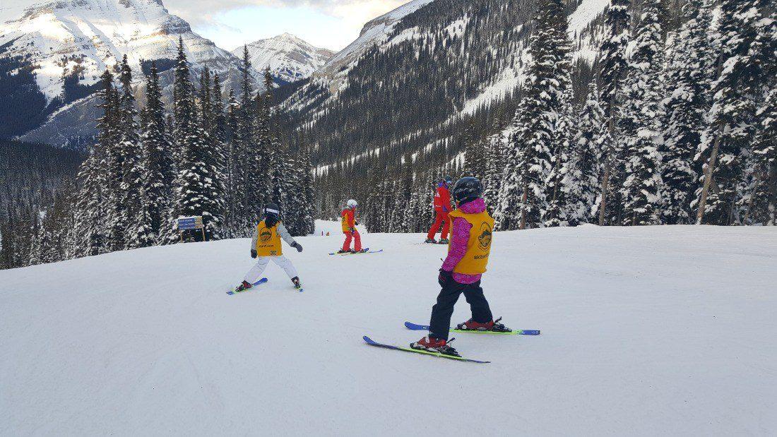 childrens_ski_lesson_sunshine_village