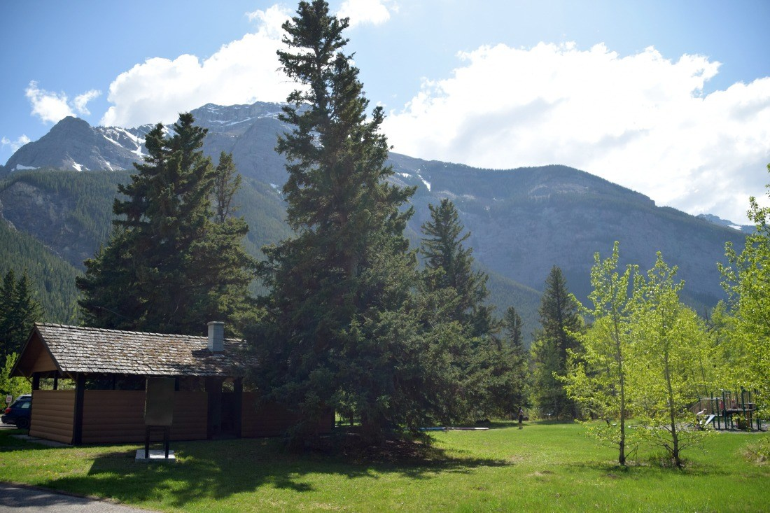 lac des acres campground canmore albera