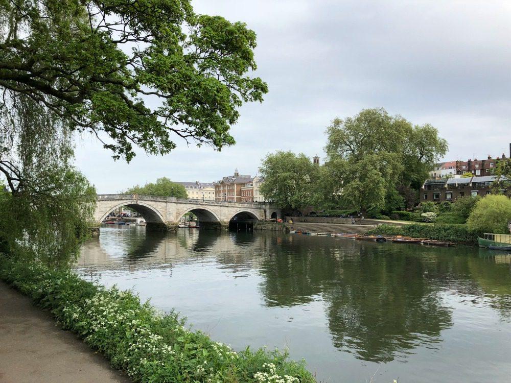 Thames path Richmond