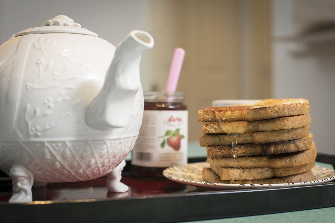 teapot toast, jam