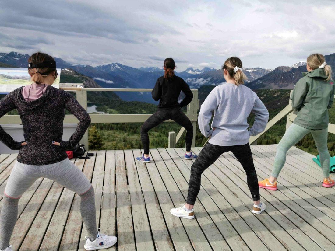 banff outdoor yoga class