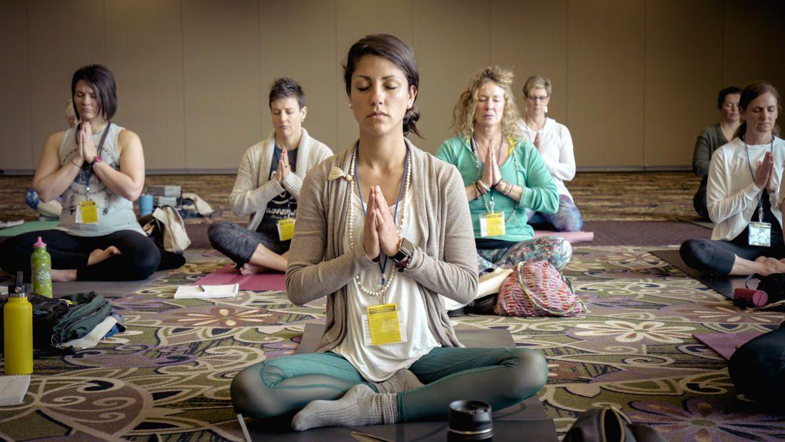 prental yoga class in Calgary