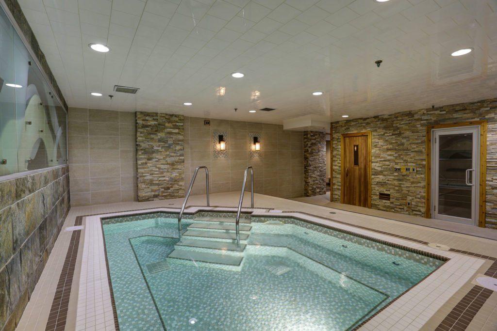Banff inn hot tub