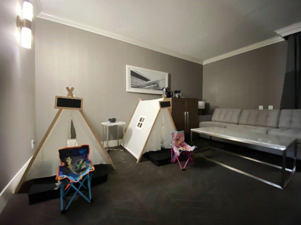 Lethbridge Lodge guest rooms