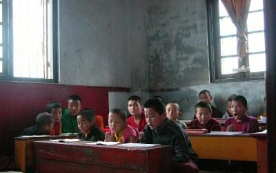 Schooltje bij Pemayangtse Monastery, Sikkim, India, 2009