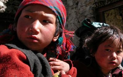 Onderweg tussen Namrung en Lho, Manaslu Trekking, Nepal, 2006