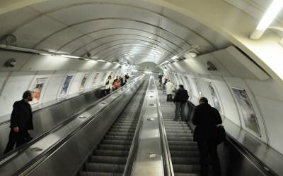 Eén van de metrogangen, Praag, Tsjechië, 2010