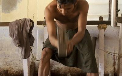 Myanmar, Mandalay, bladgoudmaker