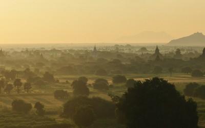 Myanmar, Balloons over Bagan