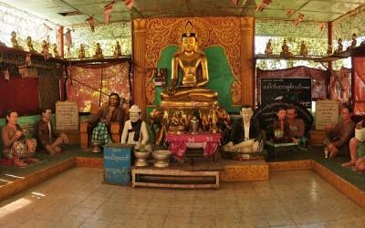 Myanmar, Mount Popa, Taung Kalat, Nats