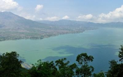 Batur meer en Gunung Batur, Bali, Indonesië, 2012