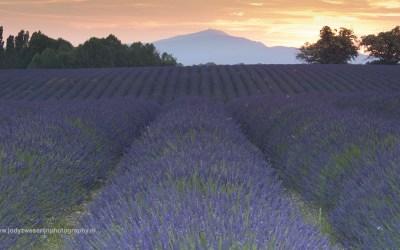 Zonsondergang bij Revest du Bion, Provence, Frankrijk, 10-7-2016