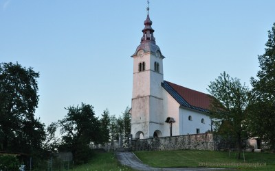 Kerkje van Zerovnica, Slovenië, 6-7-2014