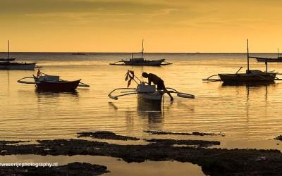 zonsondergang aan de zuidkust van Bohol, Filipijnen, 8-11-2017