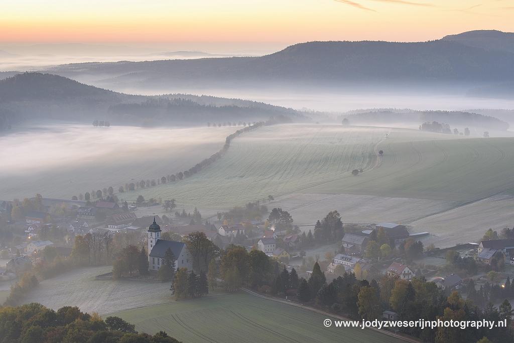 Uitzicht op Papstdorf, Sächsische Schweiz, Duitsland, 22-10-2018