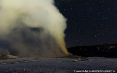 Old Faithful by night, Yellowstone, USA, 29-1-2019