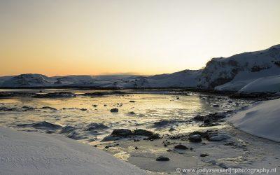 Baai bij Trollholmsund, Noorwegen, 28-1-2020