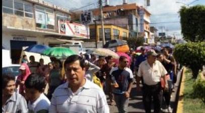 marcha-protesta-maestros-codigo-michoacan