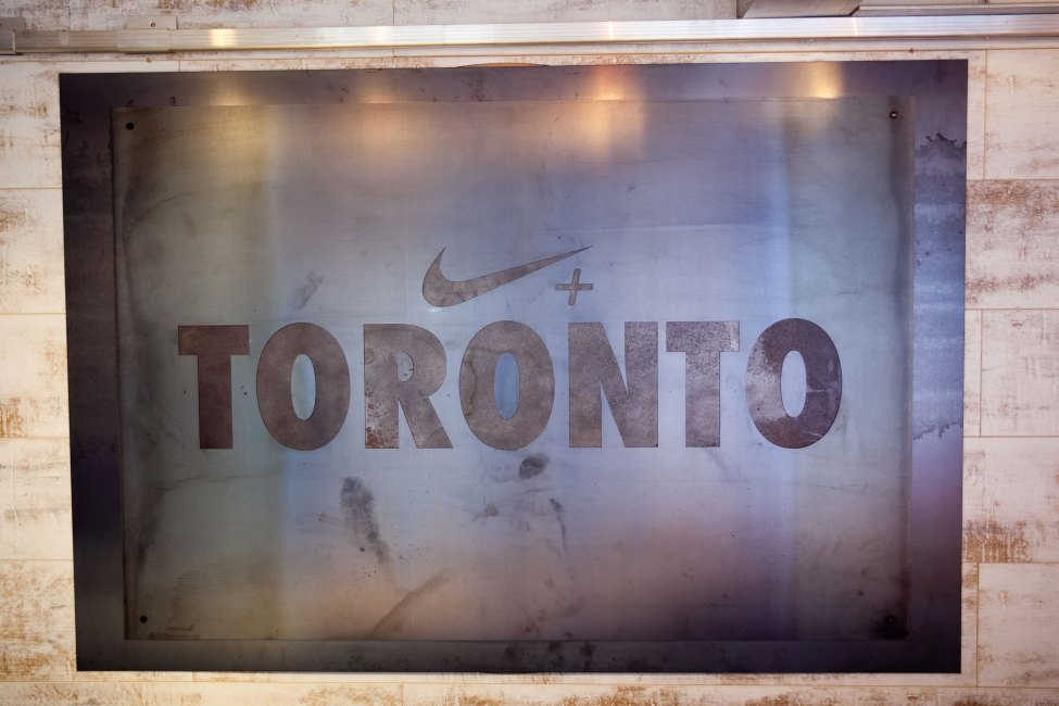 NIKE-HOOP-CLUB-Toronto-SIGN-1