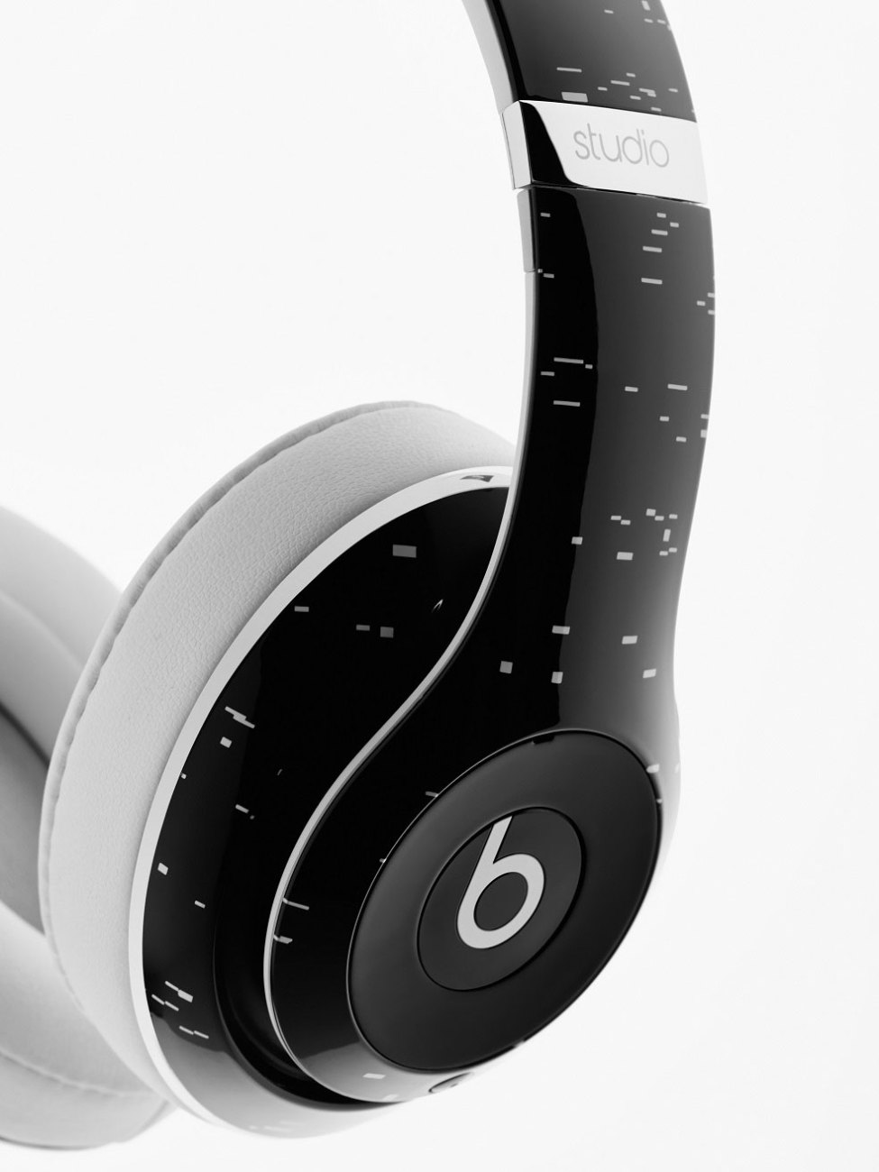 Pigalle-x-Beats-by-Dre-Studio-Wireless-Headphone-6