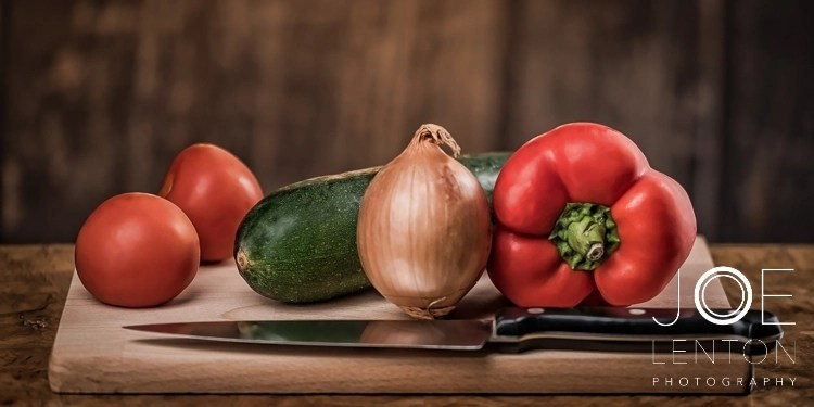 product-photography-food-photography-vegetables-on-chopping-board
