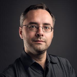 Joe Lenton business photographer Headshot - Main Profile Pic