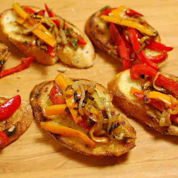 Bruschetta and sauteed peppers (2)