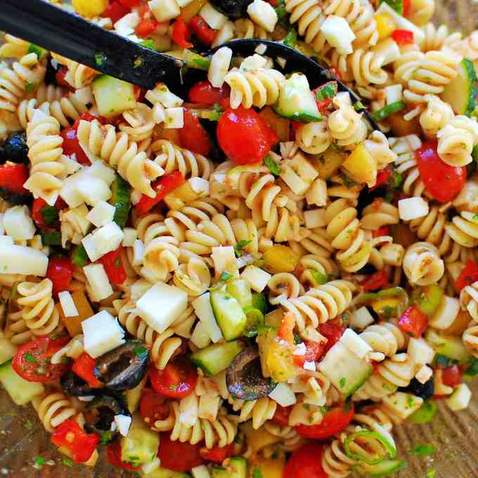 Cold Pasta Salad. | joeshealthymeals.com