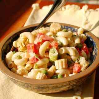 Easy Tasty Pasta Salad | joeshealthymeals.com