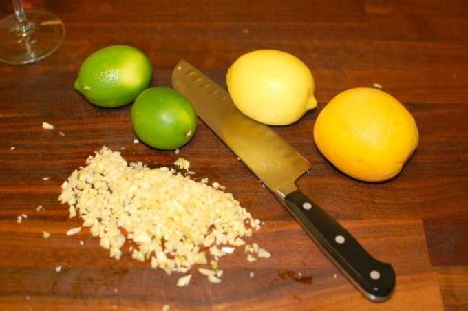 Garlic and citrus.   joeshealthymeals.com