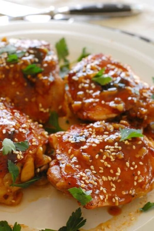 Soy honey glazed chicken thighs. Unbelievably good chicken. The sauce is to die for! Definitely restaurant worthy, but you made it at home. | joehealthymeals.com