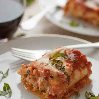 Italian sausage lasagna roll ups. So good they are Wonderfully Delicious!   joeshealthymeals.com