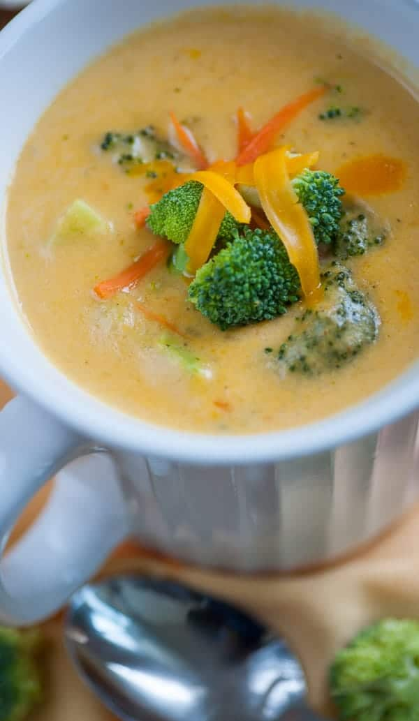 Vegetarian broccoli cheddar cheese soup. Delicious and creamy recipe for this satisfying soup. Like Panera Bread! | joeshealthymeals.com