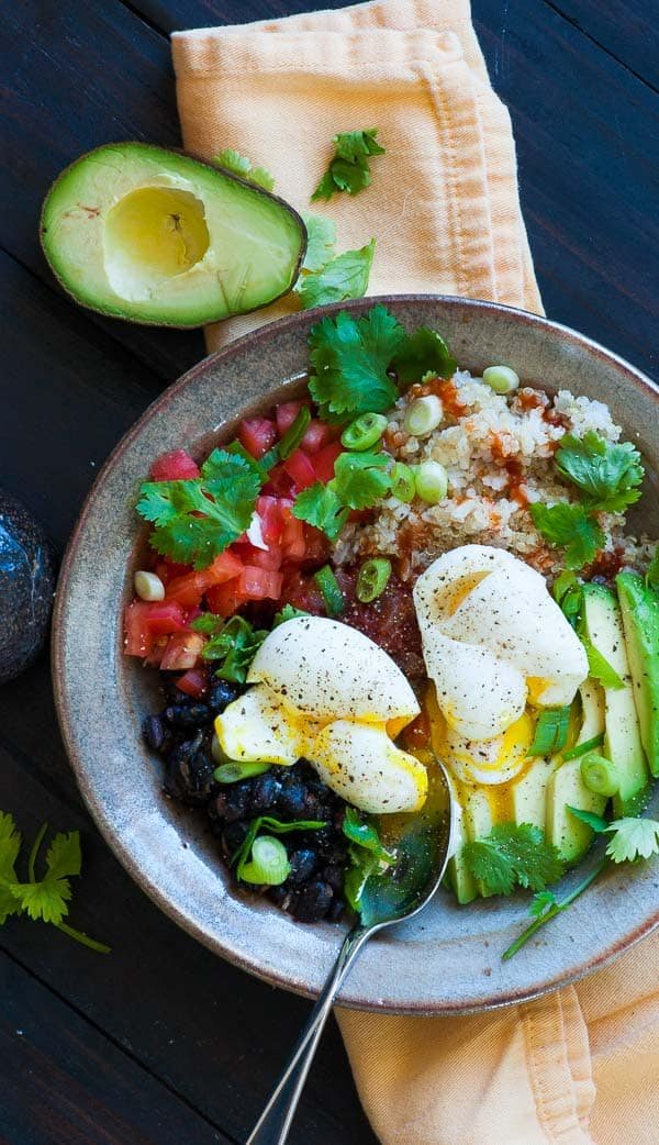 Quinoa brown rice grain bowl. Simple but delicious main course meal. | joeshealthymeals.com